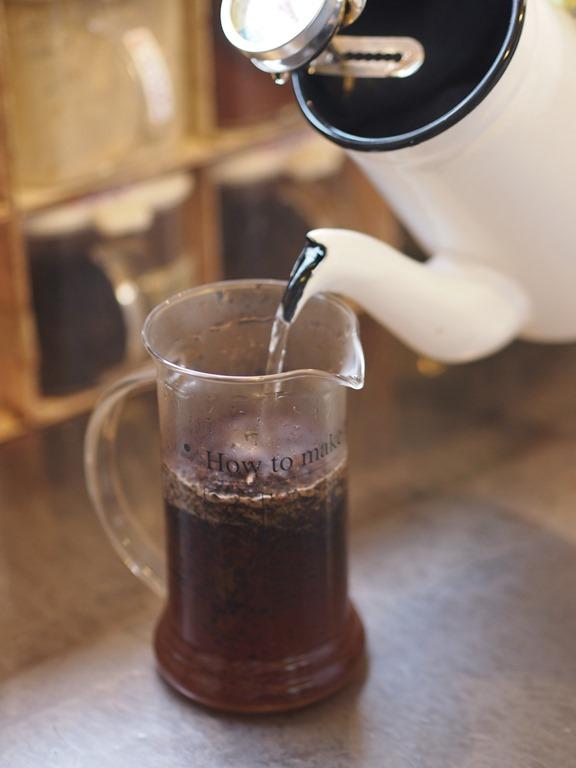コーヒーフレンチプレス